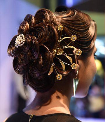 Bridal Hairstyle by Elisha Chauhan at Fashion Show in Mumbai,India
