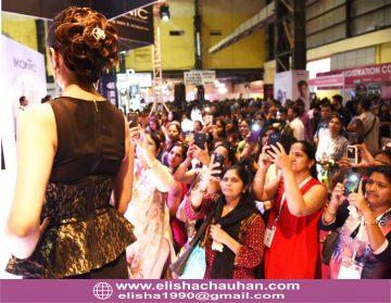 Bridal Hairstyle by Elisha Chauhan at Fashion SHow in Mumbai_India (8)