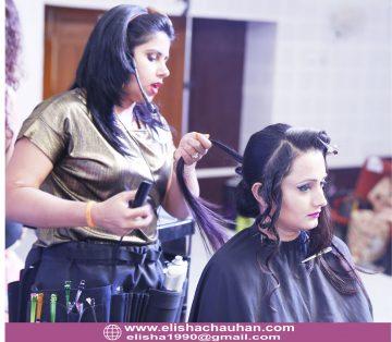 Elisha Chauhan Teaching on Stage in Udaipur Rajasthan (1)
