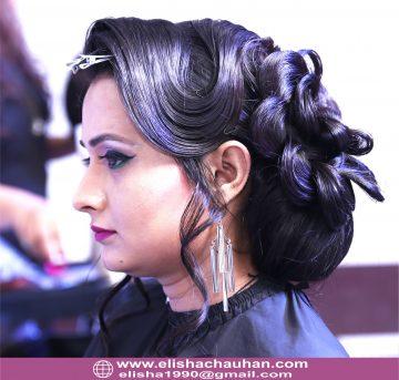 Elisha Chauhan Teaching on Stage in Udaipur Rajasthan (6)