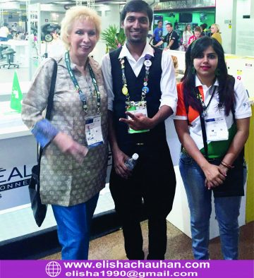 Elisha Chauhan with Indian delegates at Sao Paulo (6)