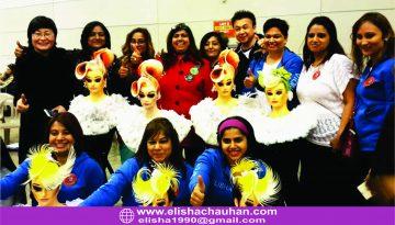 Elisha Chauhan with Team from India (2)