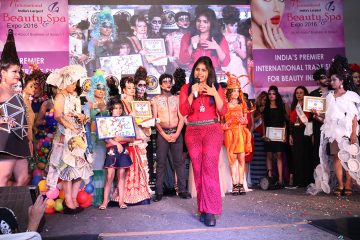 Elisha anchoring and presenting Fashion show in Delhi
