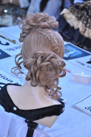 Romantic flower hairstyle