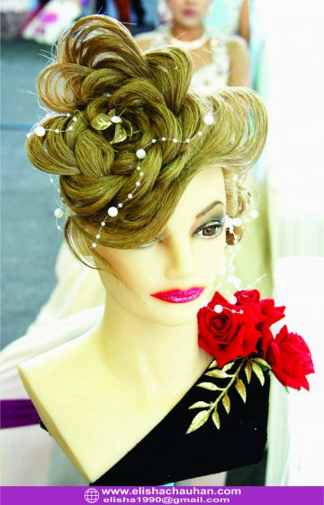 Wave with Flower bridal hairstyle