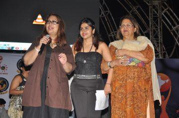 With celebrity makeup artist Lata Khanchandani